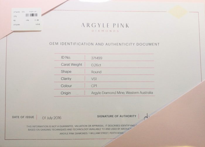 57 100 4 700x502 - Pink Diamond – VVS2 0.27ct ARGYLE Natural Loose Light Pink GIA Certed Round