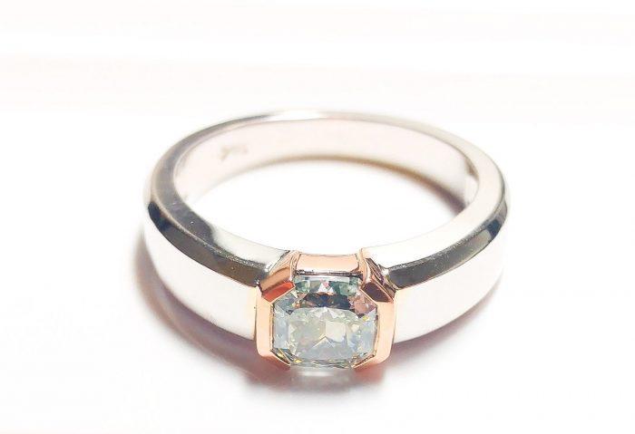 57 103 2 700x479 - Green Diamond - Men's Unisex Ring 1.29ct Natural Fancy Light Green GIA 18K Gold