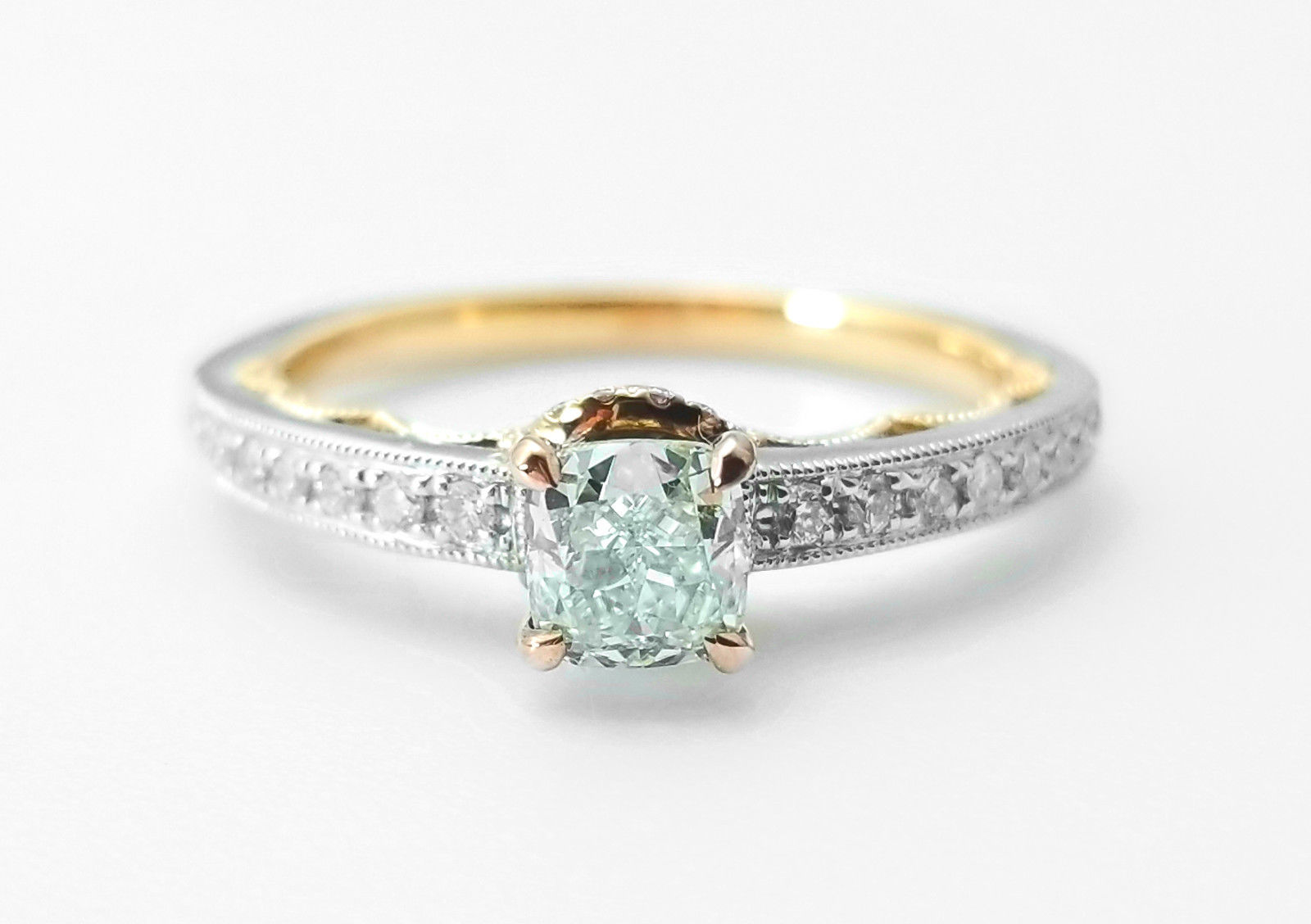 0.67ct Natural Fancy Light Green Diamond Engagement Ring GIA 18K Gold VS2