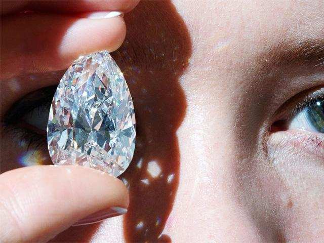 How and why the prices of color diamonds went up in the last 10 years