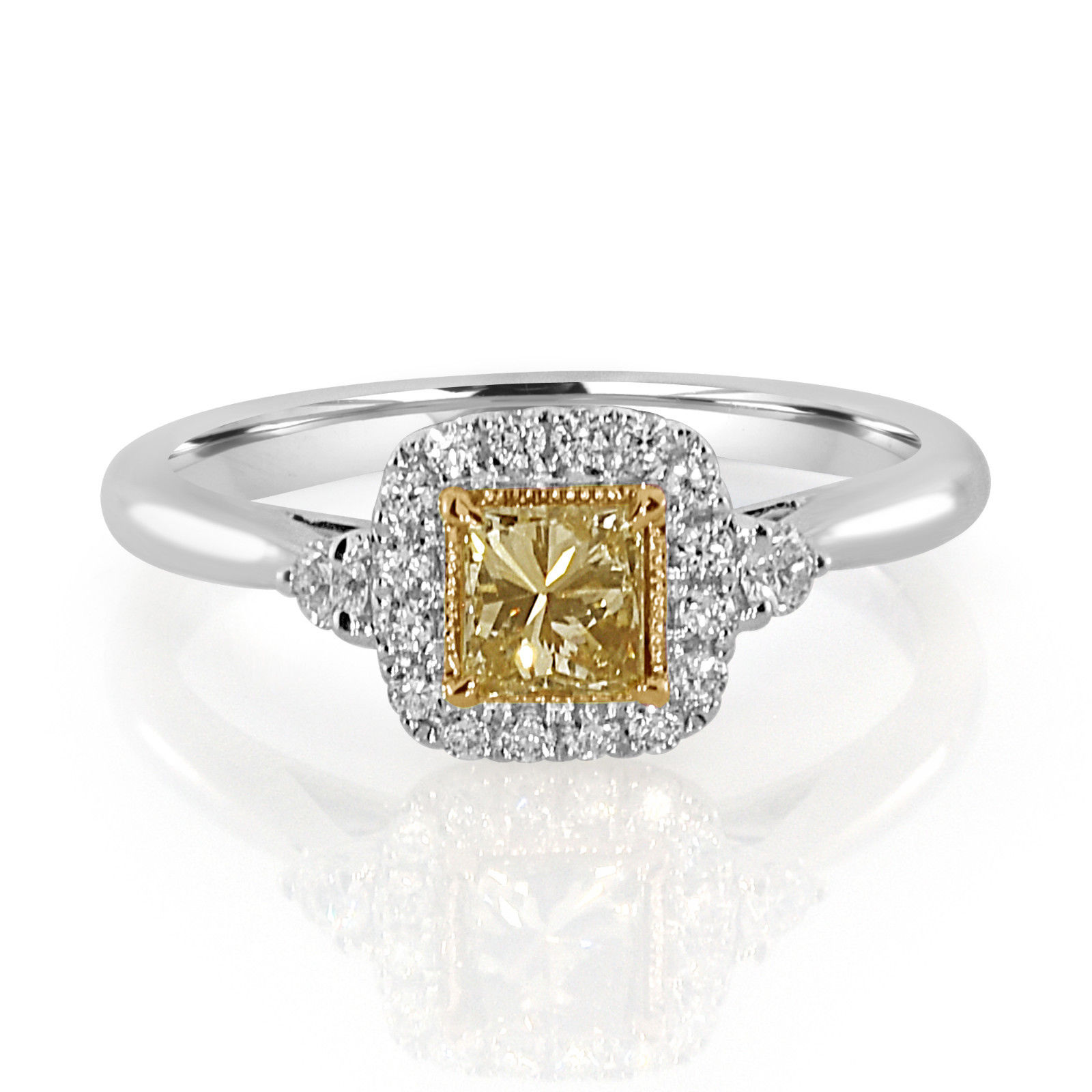 Real 0.61ct Natural Fancy Yellow Diamonds Engagement Ring 18K Solid Gold