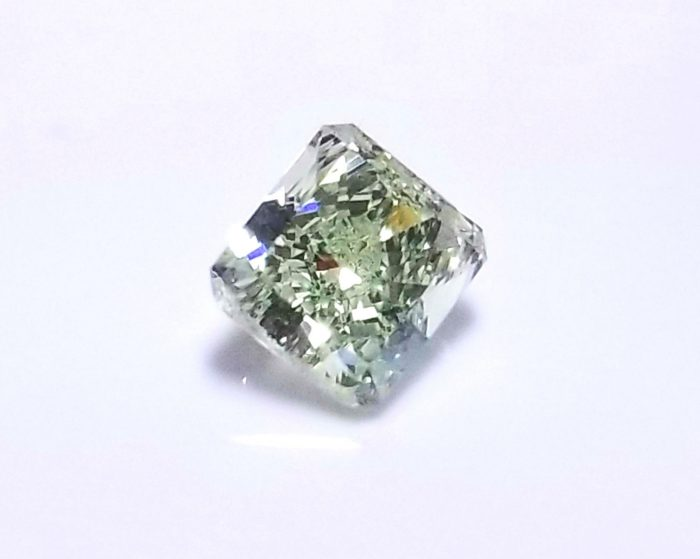 Real 072ct Natural Loose Fancy Green Color Radiant Diamond GIA SI1 Rare 263813430131 2 700x559 - Real 0.72ct Natural Loose Fancy Green Color Radiant Diamond GIA SI1 Rare
