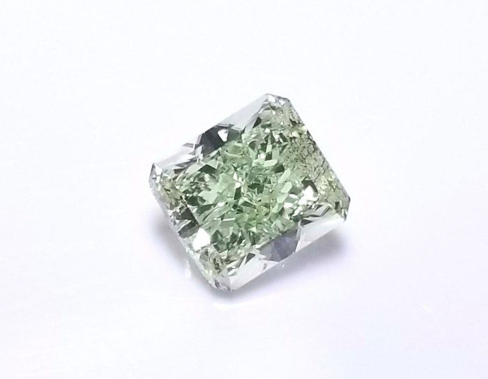 Real 072ct Natural Loose Fancy Green Color Radiant Diamond GIA SI1 Rare 263813430131 3 700x544 - Real 0.72ct Natural Loose Fancy Green Color Radiant Diamond GIA SI1 Rare