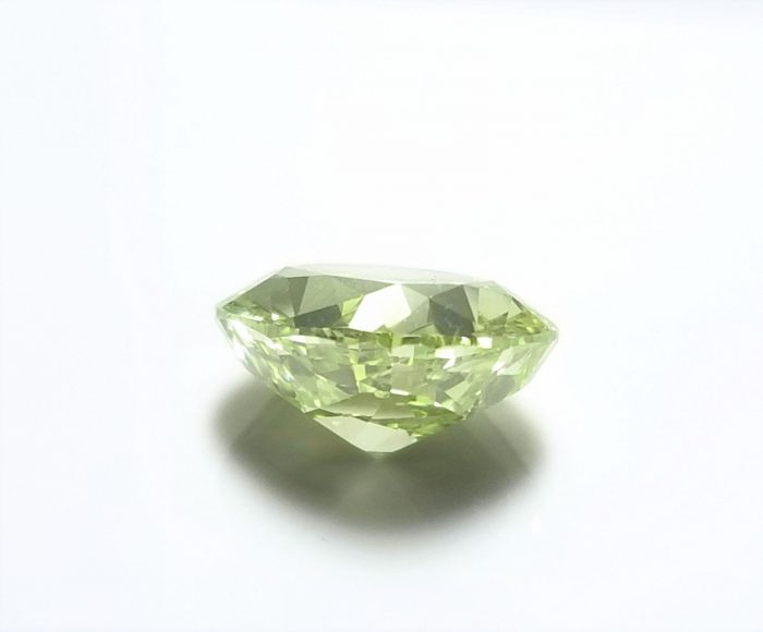 Real 200ct Natural Loose Fancy Yellow Green Color Diamond GIA Cushion 253957321352 4 700x580 - Real 2.00ct Natural Loose Fancy Yellow Green Color Diamond GIA Cushion