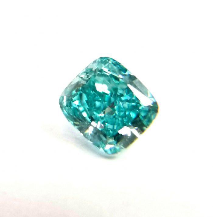 vivid green blue diamond