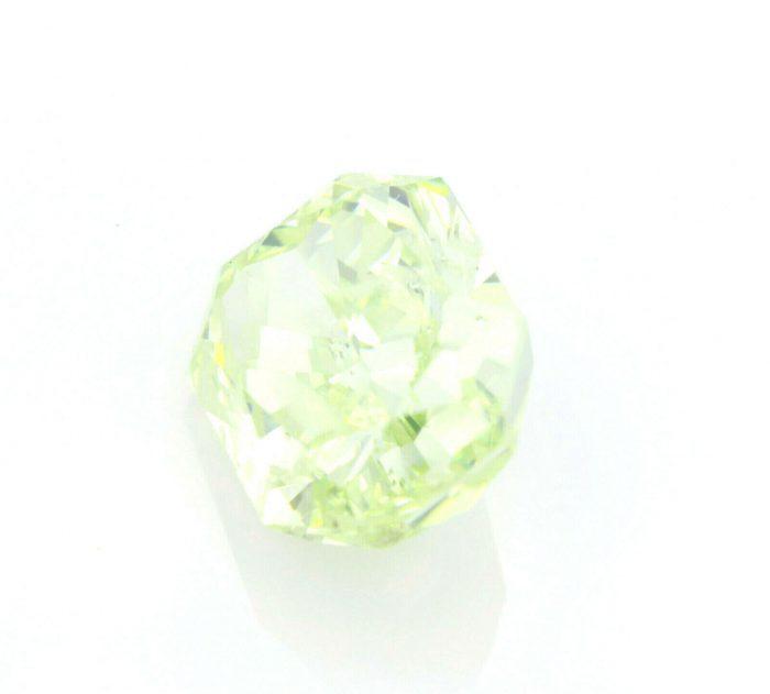 Green Diamond 302ct Natural Loose Fancy Light Yellow Green Neon GIA Radiant 264308286124 2 700x631 - Green Diamond - 3.02ct Natural Loose Fancy Light Yellow Green Neon GIA Radiant