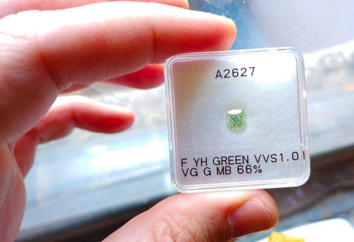 Green Diamind Real 101ct Natural Loose Fancy Green VVS1 Diamond GIA Cushion 253713569125 2 700x479 - Green Diamind - Real 1.01ct Natural Loose Fancy Green VVS1 Diamond GIA Cushion