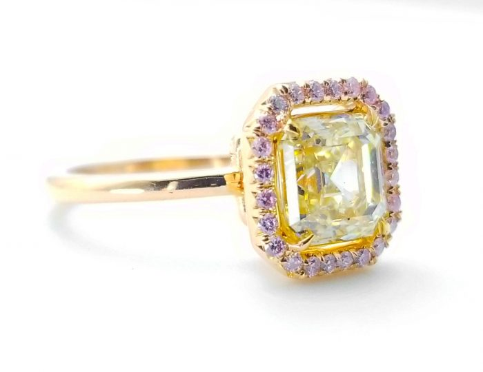 225ct Natural Fancy Pink Light Yellow Engagement Ring GIA Accsher 18K Gold VS 263781428826 4 700x540 - 2.25ct Natural Fancy Pink & Light Yellow Engagement Ring GIA Accsher 18K Gold VS
