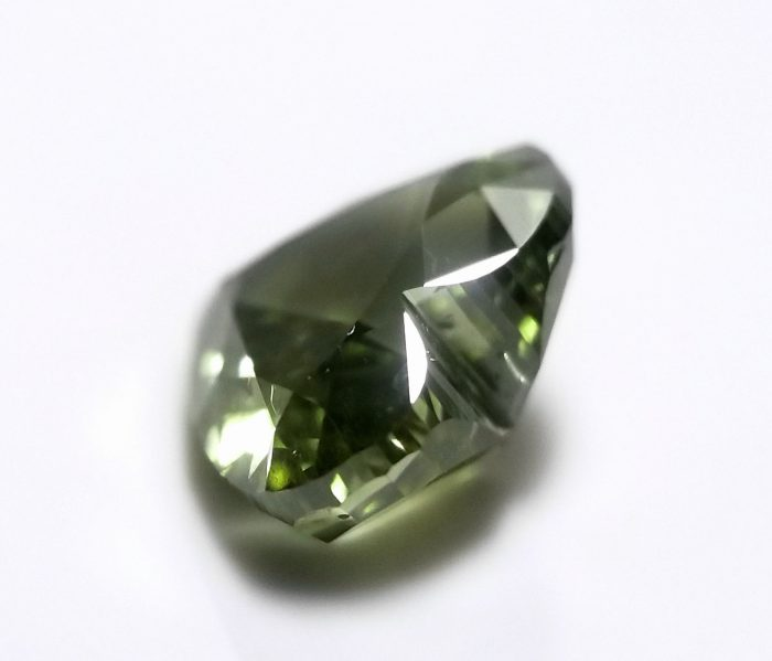 Chameleon 101ct Natural Loose Fancy Best Green Color Heart Diamond GIA SI2 264141538018 2 700x599 - Chameleon 1.01ct Natural Loose Fancy Best Green Color Heart Diamond GIA SI2